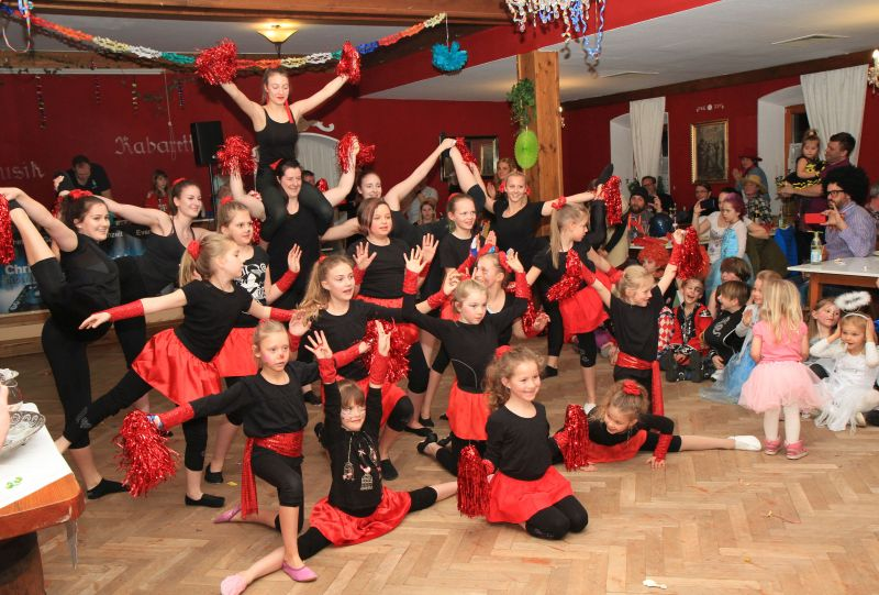 alt tsv kinderfasching 19 int
